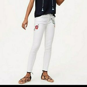 Loft white floral embroidery skinny jeans 28/6